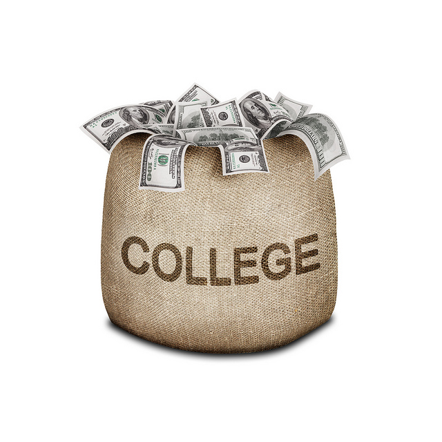 college_money_bag_pic_from_flickr_user_401k2012